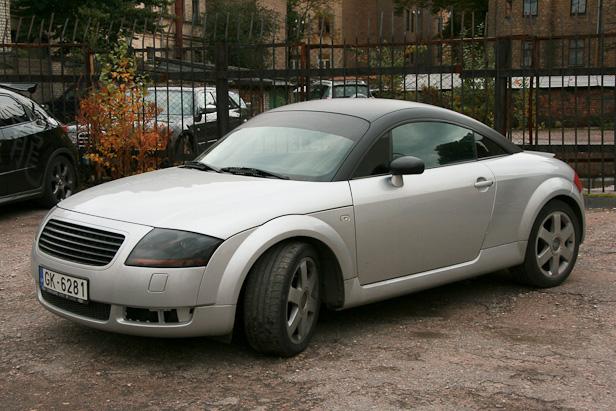 Audi TT tonirovka